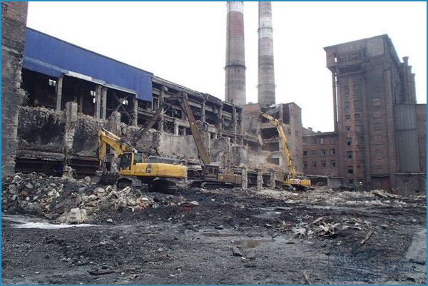 Услуги по демонтажу промышленных зданий